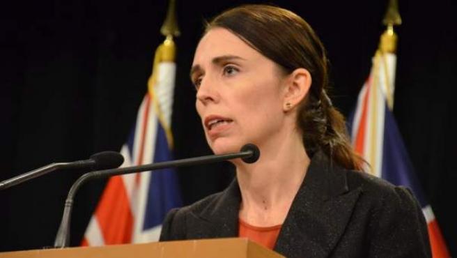 La primera ministra de Nueva Zelanda, Jacinda Ardern, ofrece una rueda de prensa en Wellington, tras las matanzas perpetradas en dos mezquitas de la ciudad de Christchurch.