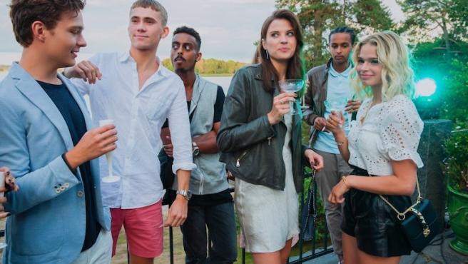 Las novedades de Netflix en abril apuestan por el suspense de 'Arenas movedizas' y 'Black Summer'
