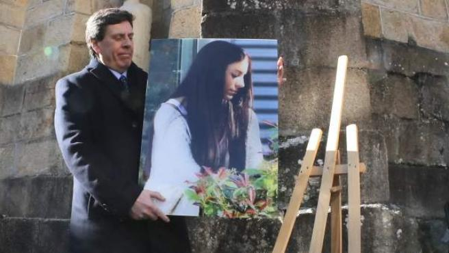 Juan Carlos Quer, padre de Diana, durante el acto de agradecimiento al pueblo gallego por su cariño y apoyo hacia su familia.