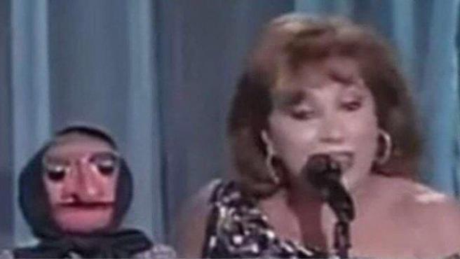Mari Carmen y Doña Rogelia.