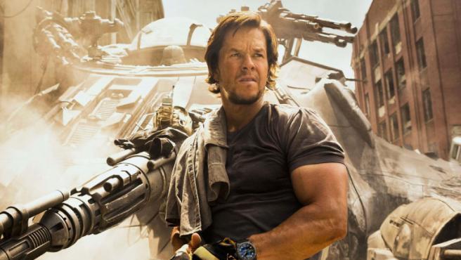 Mark Wahlberg se pone a las órdenes de Travis Knight para ser el 'Six Billion Dollar Man'