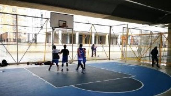 Cancha de baloncesto en Madrid.