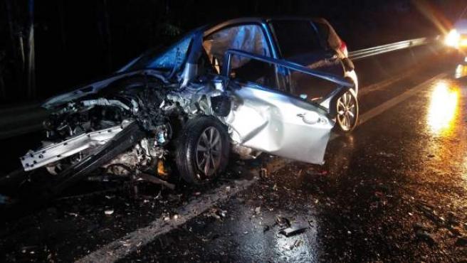 Cádiz.- Sucesos.- Rescatadas dos personas atrapadas en sus vehículos tras colisionar entre Arcos y Villamartín