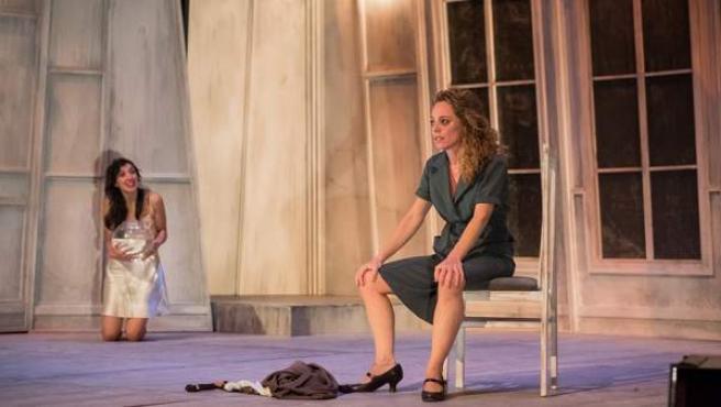 'El Desván Teatro' Abordará En Badajoz El Tema De La Personalidad Con La Obra 'El Otro'