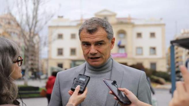Cantó Se Compromete A Invertir Más De 80 Millones De Euros Para Garantizar El Agua En Alicante