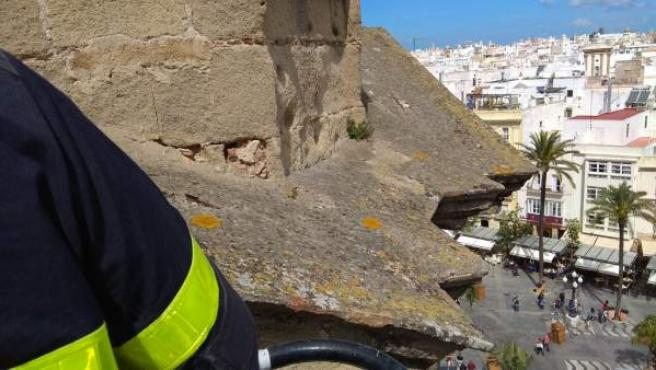 Cádiz.- Concluye el saneamiento completo de la fachada de la iglesia de San Juan de Dios afectada por un desprendimiento