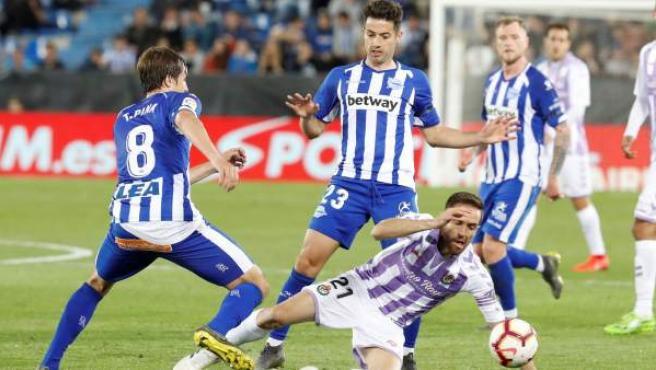 Alavés y Valladolid firman un entretenido empate en Vitoria.