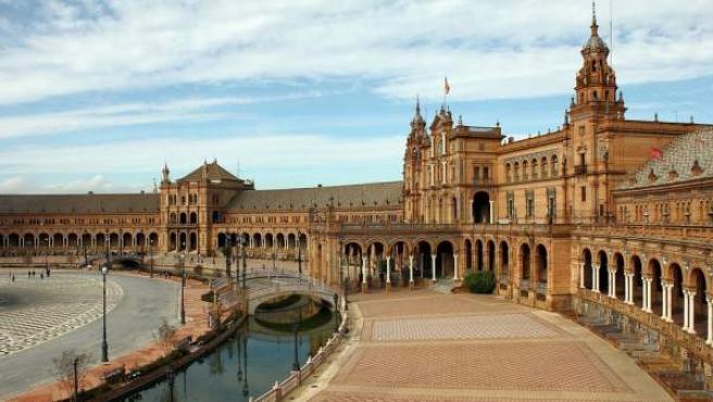 Sevilla es una de las ciudades favoritas para miles de turistas.