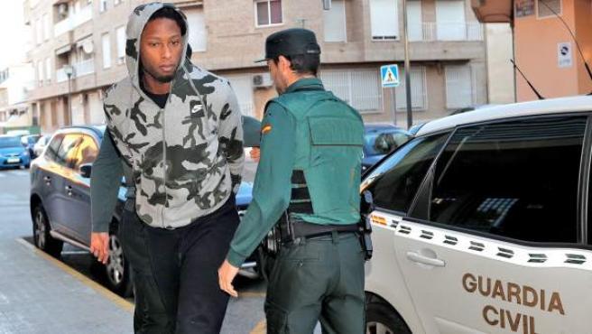 <p>Rubén Semedo, a su llegada al juzgado número 6 de Lliria (Valencia).</p>
