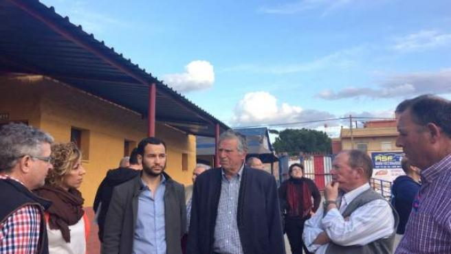 Sevilla.- 26M.- Adelante se compromete a llevar el carril bici a Valdezorras y 'priorizar' las demandas de las barriadas