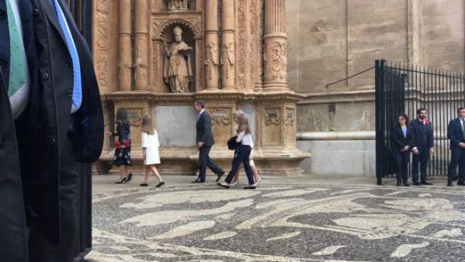 La Familia Real asiste a la misa de Pascua en la Catedral de Palma de Mallorca