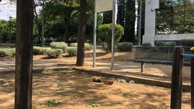 Sevilla.- El PP critica el 'abandono' de los parques de Nervión y que han sido 'tomados por la botellona'