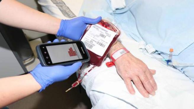 La Fe implanta un nuevo programa de seguridad en transfusiones de sangre con identificación electrónica de los pacientes