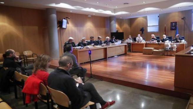 Rebollo arrepiéntese de nun dimitir en setiembre de 2011 y 'dexar tirada' a la Fundación Niemeyer