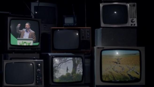 Una imagen del vídeo de campaña de Pacma que denuncia Vox.