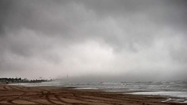 Imagen de la playa de la Malvarrosa de Valencia.