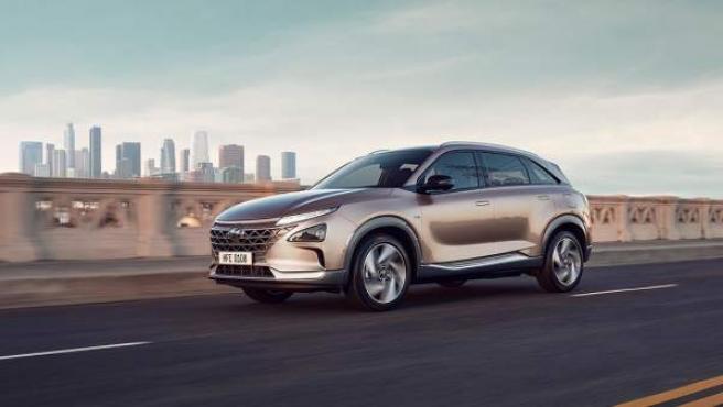 El motor de pila de combustible hace que el coche acelere de 0 a 100 km/h en 9,2 segundos.