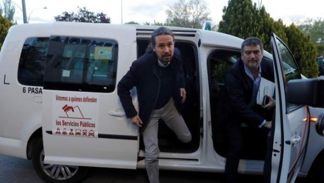 El líder de Unidas Podemos, Pablo Iglesias, a su llegada a las instalaciones del grupo privado de comunicación Atresmedia.