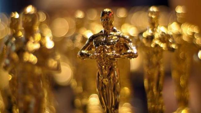 Una estatuilla de los Premios Oscar.