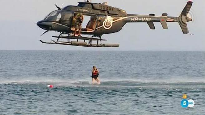 Isabel Pantoja salta desde el helicóptero en 'Supervivientes 2019'.
