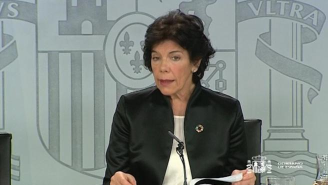Isabel Celaá, la ministra portavoz del Gobierno, durante una rueda de prensa posterior a un Consejo de Ministros.