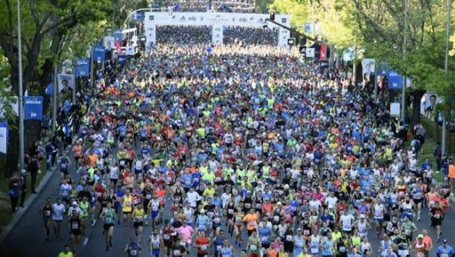 Imagen aérea del maratón de Madrid.