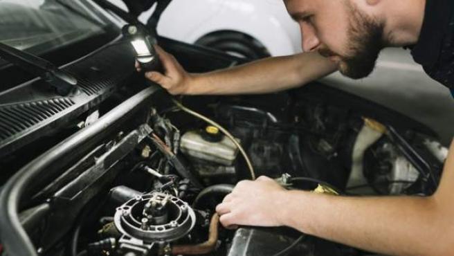 Un coche le cuesta a cada español de media en mantenimiento 4.364 euros los primeros diez años.