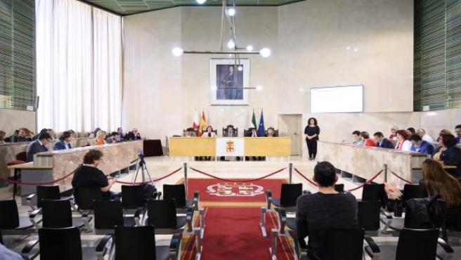 """El alcalde afirma que impulsará cambios en el Pleno para el próximo mandato que lo hagan más """"atractivo"""""""