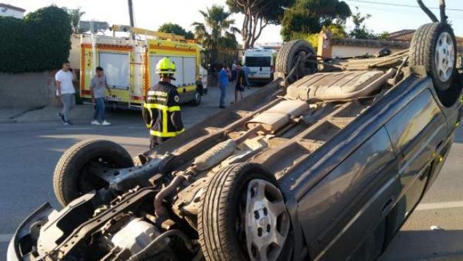 Cádiz.- Sucesos.- Un herido tras un accidente de tráfico en la CA-2104