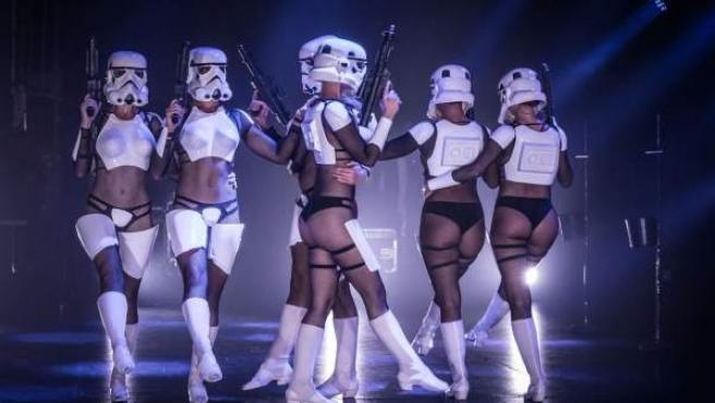 Imagen del espectáculo inspirado en 'Star Wars' que se estrena en Nueva York.