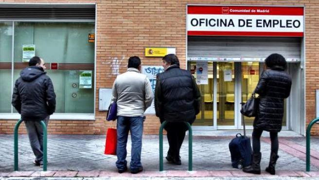 El Gobierno espera recaudar más de 3.700 millones con cotizaciones relacionadas con medidas sociales como el subsidio de desempleo para mayores de 52 años.