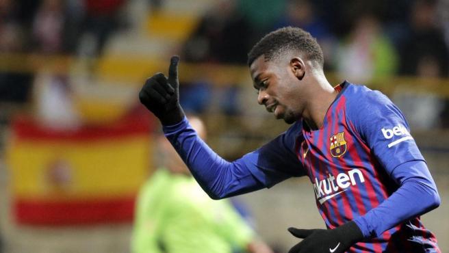 Ousmane Dembélé celebra un gol con la camiseta del FC Barcelona.