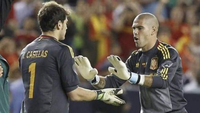 Víctor Valdés e Iker Casillas.