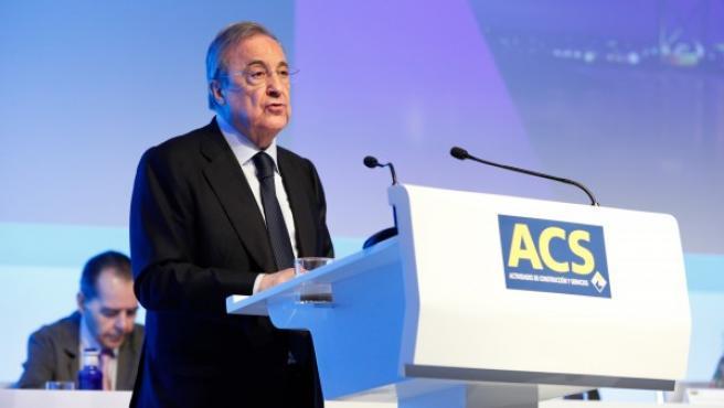 El presidente de ACS, Florentino Pérez, durante una junta de accionistas.