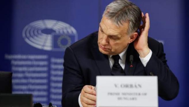 Orban ofrece una rueda de prensa durante la asamblea política del Partido Popular Europeo (PPE) celebrada este miércoles.