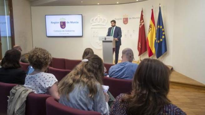 Consejo.- Los regantes del Tajo-Segura, la Facultad de Medicina de la UMU o Paco Martín, medallas de oro de la Región