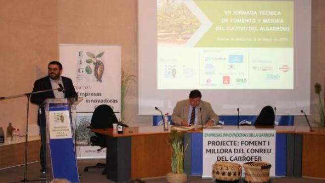 Más de 200 profesionales exploran en Mallorca las oportunidades que ofrece el cultivo del algarrobo