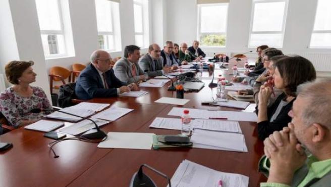 La inserción laboral de titulados FP en Cantabria el pasado curso fue del 55% y solo el 15% no trabaja, según un informe