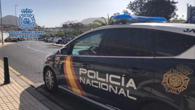 Suc.- Detenidos por robar un ordenador, 110 euros y una tarjeta de crédito en el hotel en el que se alojaban en Arona