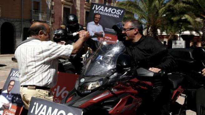 26M.- Polo (Cs) Pide Para Extremadura Un Trato Como El De Canarias Por Sser 'Ultraperiférica' Dadas Sus Comunicaciones