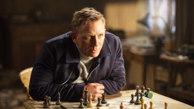 """'Bond 25' está sufriendo tantas reescrituras que acabará siendo """"un desastre muy pulido"""""""