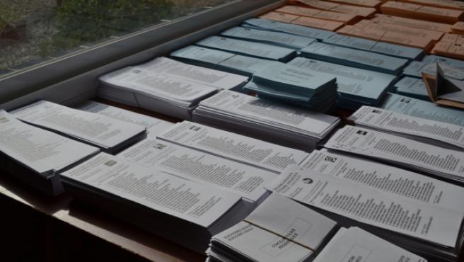 Papeletas para votar en un colegio electoral.