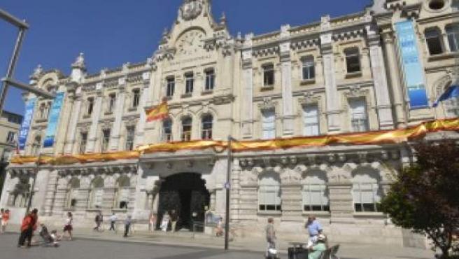 Fachada del Ayuntamiento de Santander