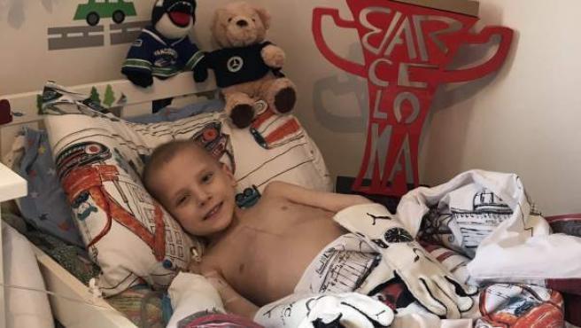 Harry Shaw, el niño con sarcoma de Ewing que inspiró a Hamilton para su victoria en el GP de España.