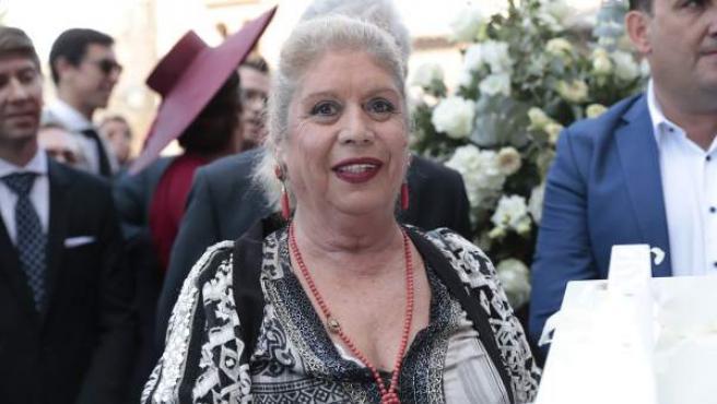 La cantante María Jiménez durante la boda de María Toledo y Esau Fernández.