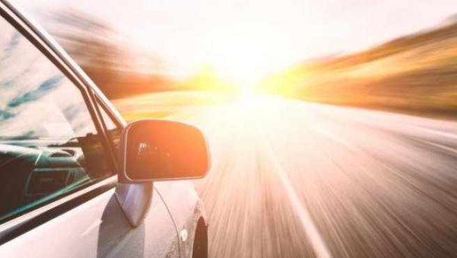La reducción a 90 km/h en carreteras convencionales ha generado decenas de mitos sobre la velocidad.