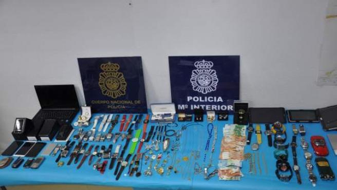 Detenidos dos individuos por cuatro robos con intimidación para los que usaban