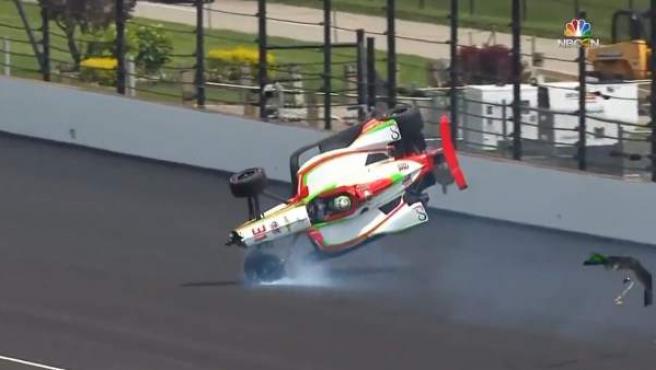 Accidente de Patricio O'Ward en los entrenamientos de las 500 millas de Indianápolis.