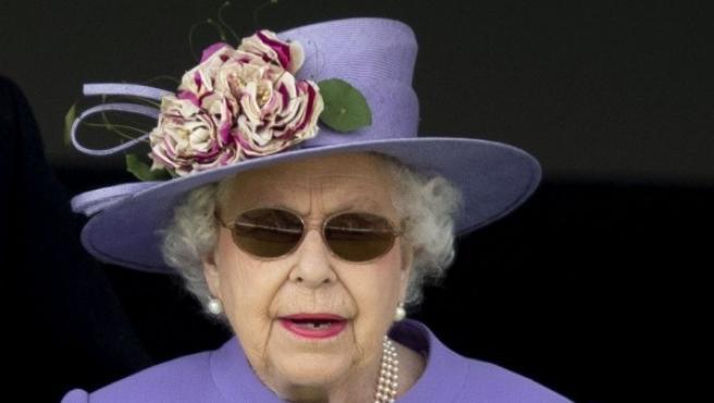 La reina Isabel II de Inglaterra, con gafas de sol, el pasado 2 de junioc.