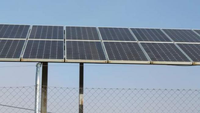 Un panel de generación de energía solar.